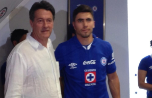 Michael Farfan dealt to Cruz Azul
