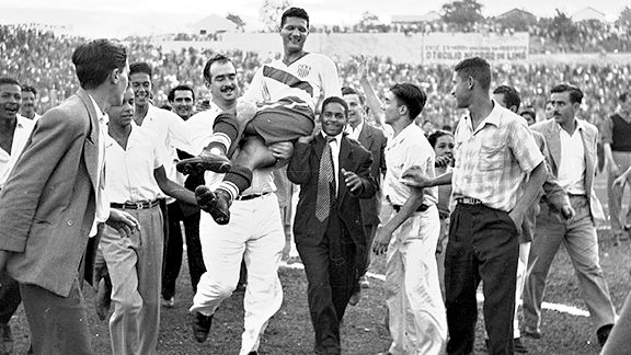 Gaetjens carried off the field by jubilant Brazilian fans after the victory over England
