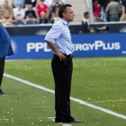 Nowak on the sidelines at the FC Dallas match. (Photo: Daniel Gadjamowicz)