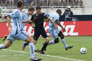 Sébastien Le Toux Knocked away from the ball in the box.