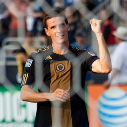 Sacre bleu! Le Toux snubbed, more news