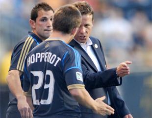 PSP talks to Union striker Antoine Hoppenot