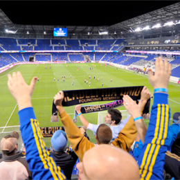 Fans' view: The traveling circus