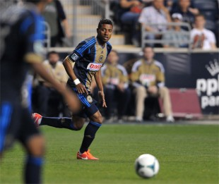 Home form, bouncing back, lots of local matches, USMNT roster, robots in Brazil, more