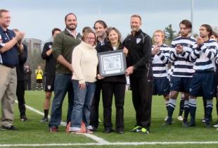 Messiah College honors legendary coach Layton Shoemaker