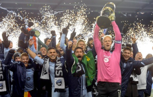 Reaction to KC's MLS Cup final win and US WC draw, Union Academy alumni in College Cup Final Four, more