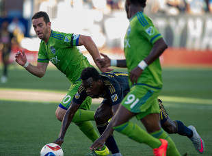News roundup: Seattle to face Toronto in final