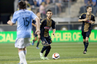 Fans' View: First Kick to Pfeffer