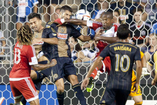 In Pictures: Union 0-1 Revolution