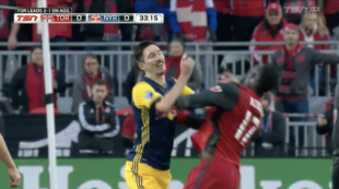 News roundup: MLS playoff insanity! Altidore v. Kljestan, Crew fairy tale continues, Houston shock Portland, more