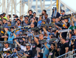 "Fans' View: ""'Orming"" the Union"