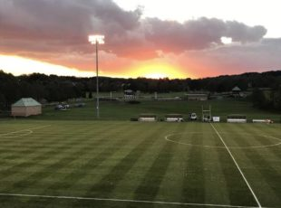 Sun setting over the field in advance of tonight's @LehighWSoccer showdown vs. Bucknell. (https://twitter.com/LehighWSoccer/status/1052685631418224640)