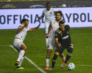 Anthony Fontana is pressured by Pizarro in his first start on of the season. He took the field in Bedoya's position after Ale had to sit this game out due to yellow card accumulation.