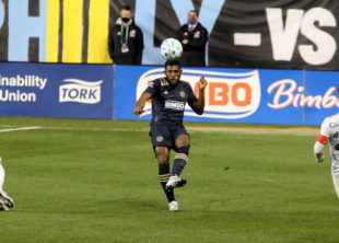 News roundup: McKenzie transfer rumors, Seattle advances to MLS Cup, Champions League final group games