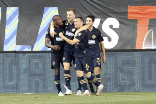News roundup: Elliott named to Team of Week, MLS Week 13 action, Gold Cup group action wraps up